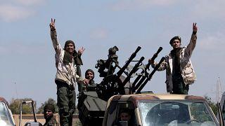 فرنسا تنفي تلقيها إخطارا مسبقا بشأن تقدم قوات حفتر نحو طرابلس