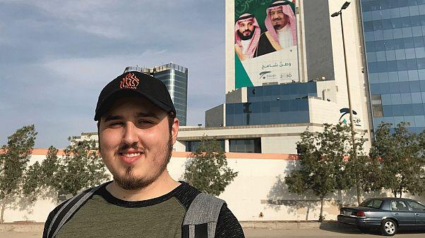 الصحفي شالوم زينيتش في الرياض