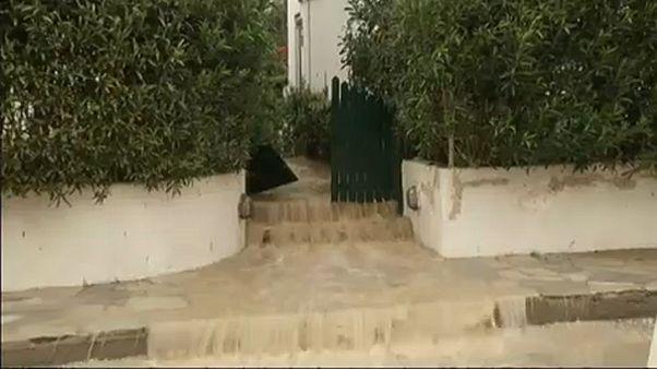 Felhőszakadás, áradások, földcsuszamlások Krétán