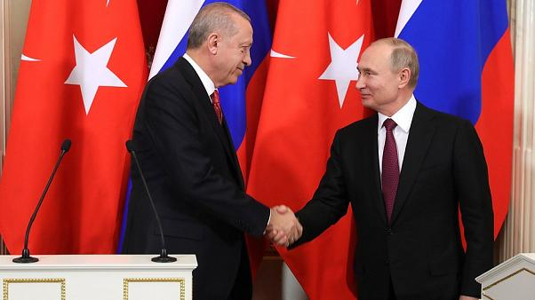 Recep Tayyip Erdogan (L) and Vladimir Putin on Jan 23, 2019
