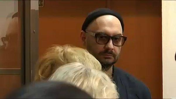 Serebrennikov deixa prisão domiciliária