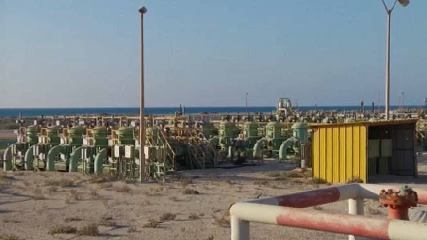 Csökken Líbia olajbevétele