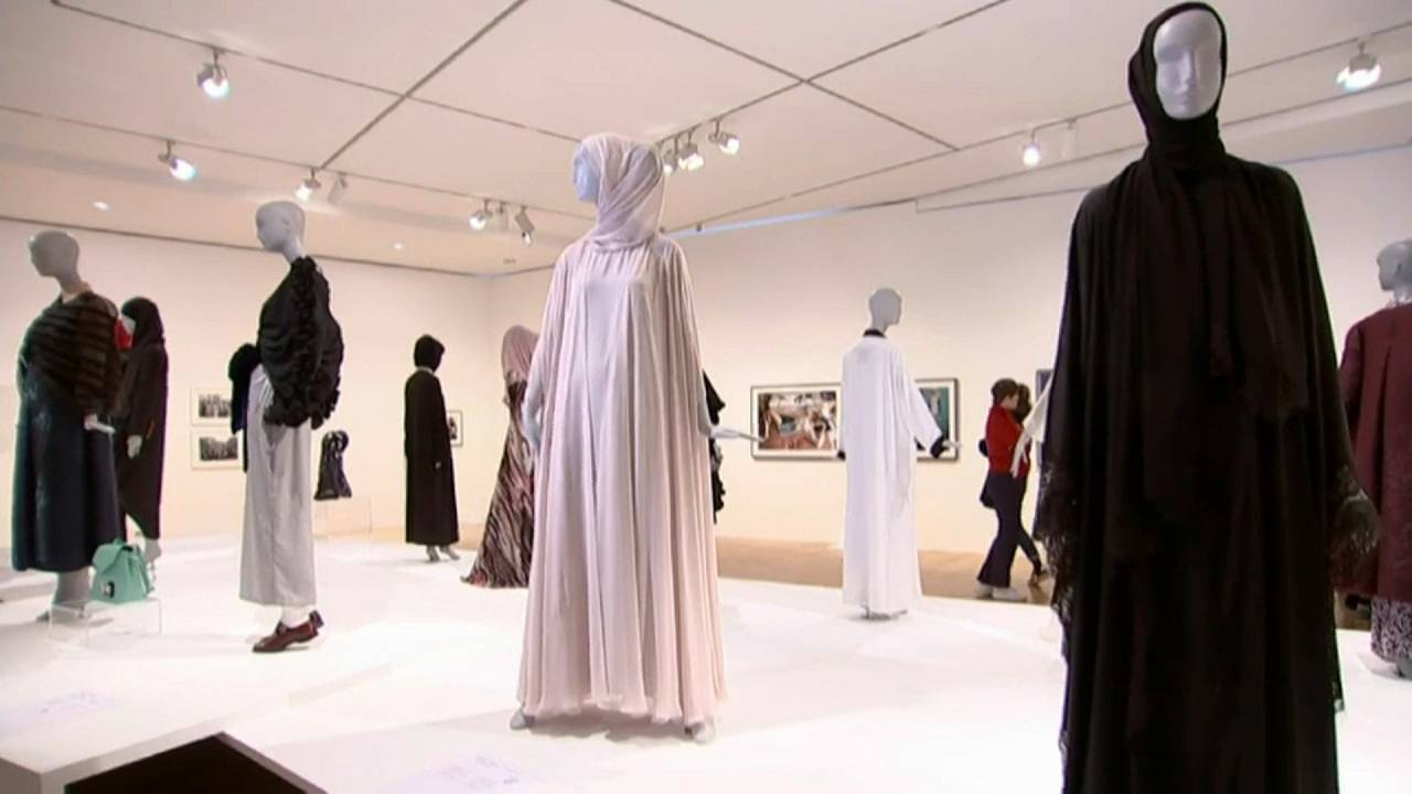 Una exposición de moda que provoca polémica en Alemania