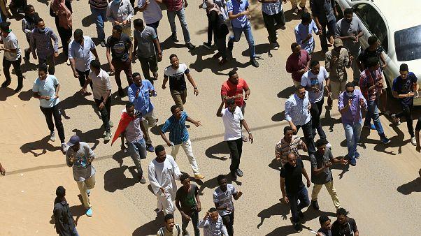 Sudan: sette manifestanti uccisi durante le proteste contro il Governo