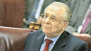 Eski Romanya Devlet Başkanı Ilyescu insanlığa karşı suç işlemekten yargı karşısında