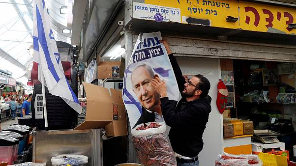 Israele: urne aperte per le elezioni anticipate