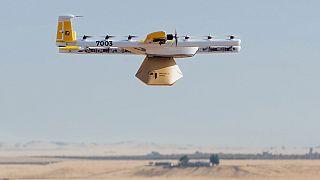 «Πράσινο φως» για ντελίβερι με drone