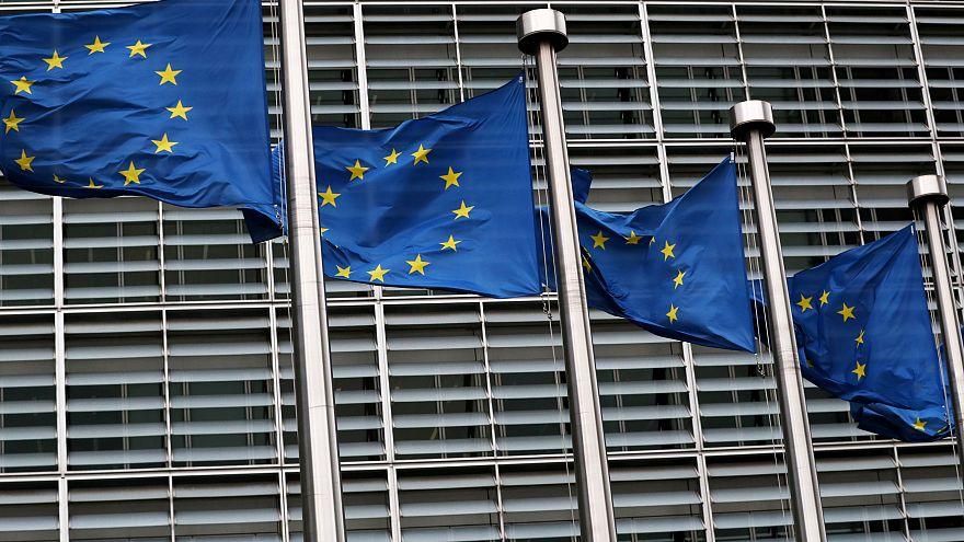 Hirtelen kiszállt az Európai Bizottság az Elios-hoz
