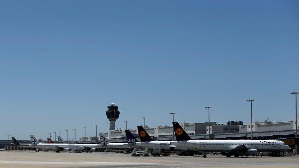 تعرف على أول مطار أوروبي يبدأ في استخدام تقنية التعرف على الوجه للصعود إلى الطائرة