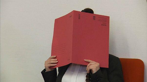 Deutsche IS-Braut wegen Mordes an Jesidin (5) vor Gericht