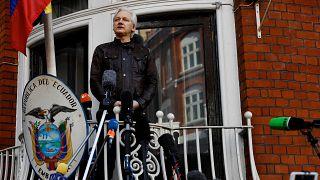 Ex-Ecuador president warns Assange faces immediate arrest