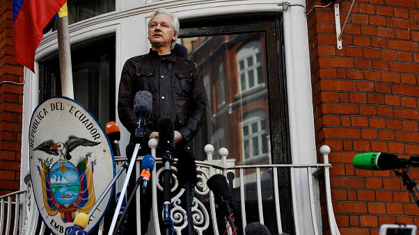 Ex-Ecuador president warns Assange faces immediate arrest