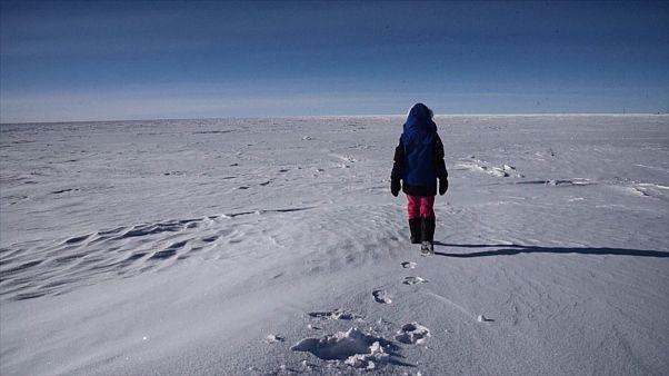 Bilim insanları Antarktika'da dünyanın en yaşlı buz kütlesinin peşine düştü