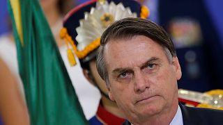 Bolsonaro: 100 dias de turbulência e perda de popularidade