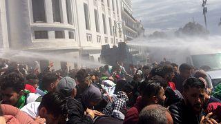 Μεταβατικός πρόεδρος εν μέσω διαδηλώσεων στην Αλγερία
