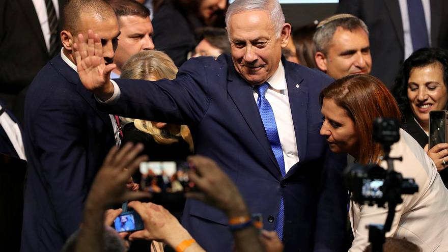 رئيس وزراء إسرائيل بنيامين نتنياهو يتحدث لأنصاره في تل أبيب 09-04-2019