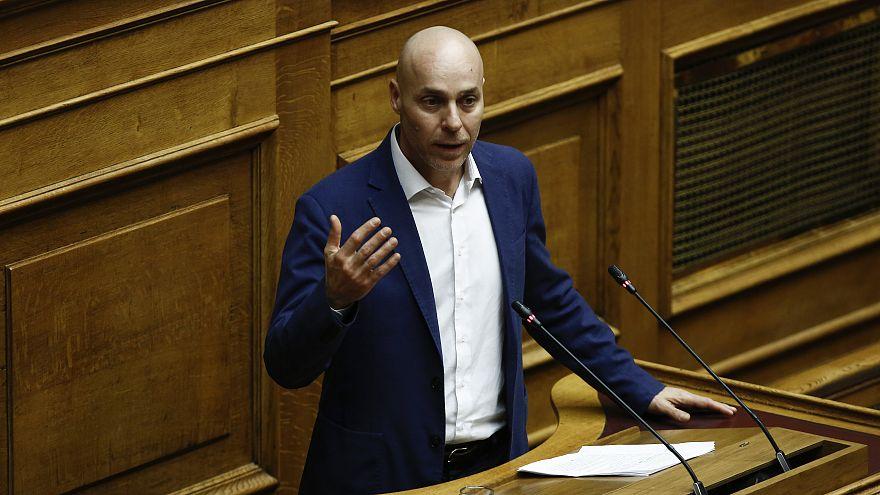 Παραιτήθηκε από βουλευτής ο Γ.Αμυράς – «Δεν θα κάνω χρήση της ντροπιαστικής τροπολογίας Κουντουρά»