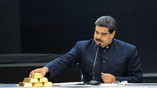 ذهب فنزويلا يستمر في الذوبان.. سحب 8 أطنان من مخزون البنك المركزي لمواجهة الأزمة