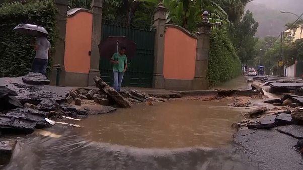 Тропические дожди в Рио-де-Жанейро