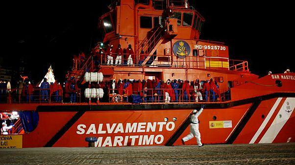 ورود پناهجویان به قاره سبز؛ سکوت توئیتری گارد ساحلی ایتالیا و اسپانیا