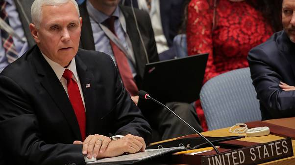 مایک پنس به سفیر ونزوئلا در سازمان ملل: شما نباید اینجا باشید!