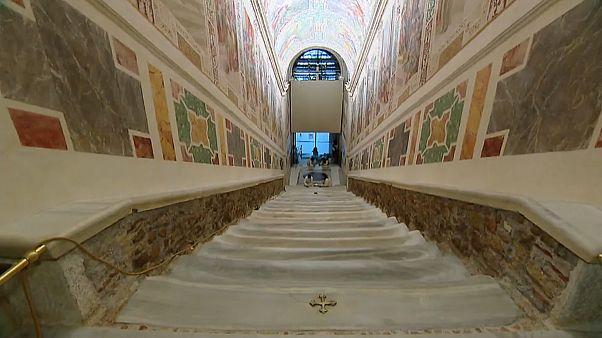 Felújított Szent lépcső