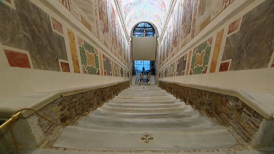 В Риме отреставрировали Святую лестницу