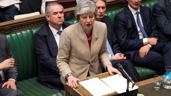 Theresa May da explicaciones en el Parlamento