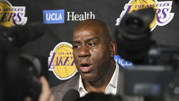 "Le dimissioni di ""Magic"" Johnson dai Lakers: quale sarà il suo futuro?"