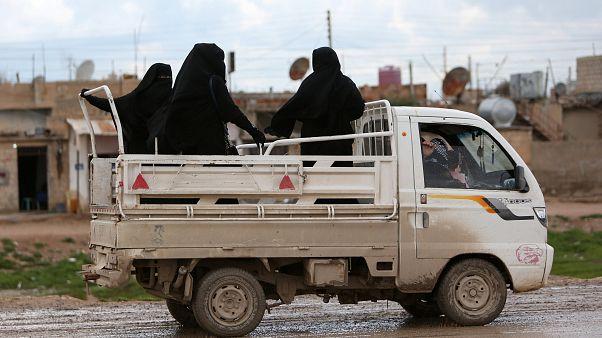 """تقرير: """"خلافة"""" الدولة الإسلامية تنتهي بحمام دم في الباغوز"""