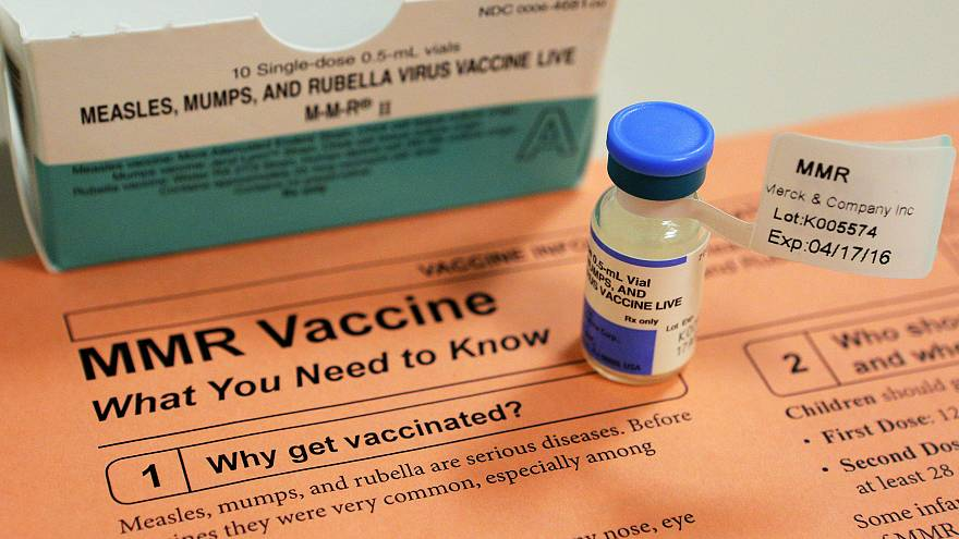 La storia dell'epidemia di morbillo in Ucraina e dei falsi certificati vaccinali