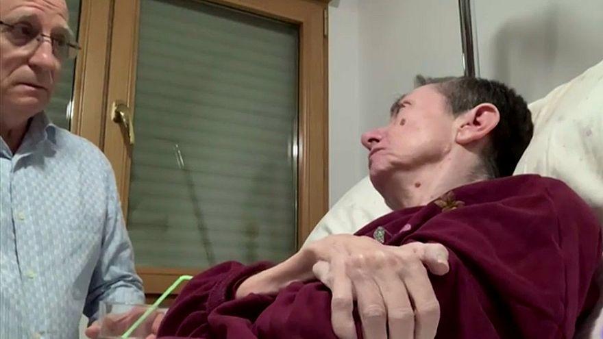 Aiuta la moglie a morire, arrestato in Spagna