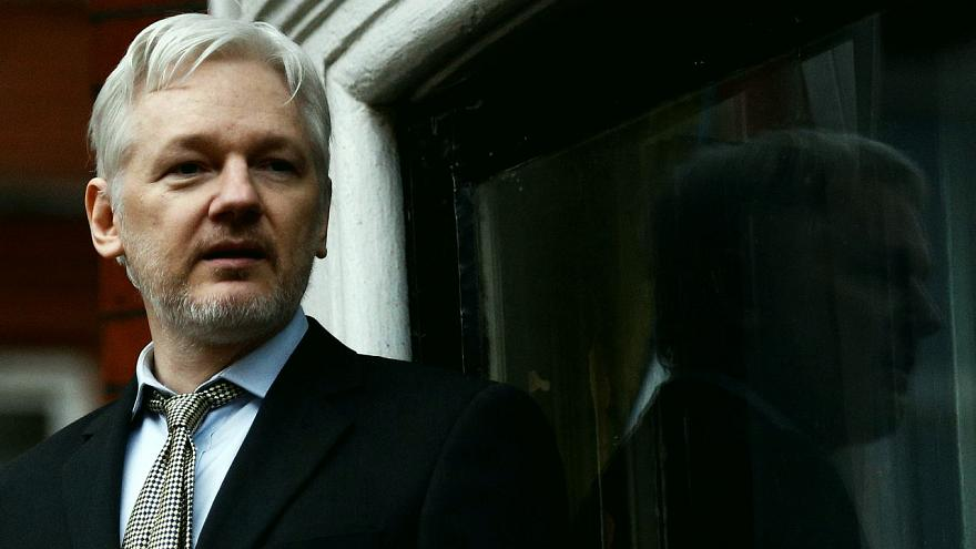 Julian Assange'ı tutuklandıktan sonra ne bekliyor? WikiLeaks'in popüler yüzü için kim ne diyor?