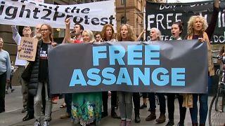 رئيس وزراء أستراليا: أسانج لن يعامل معاملة خاصة ومظاهرات لإطلاق سراحه