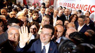 Ekrem İmamoğlu: AK Parti ve MHP bilinçli yavaşlatma politikası uyguluyor