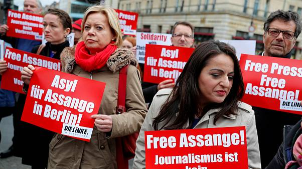 دستگیری جولیان آسانژ؛ کمیسیون اروپا از اظهارنظر خودداری کرد