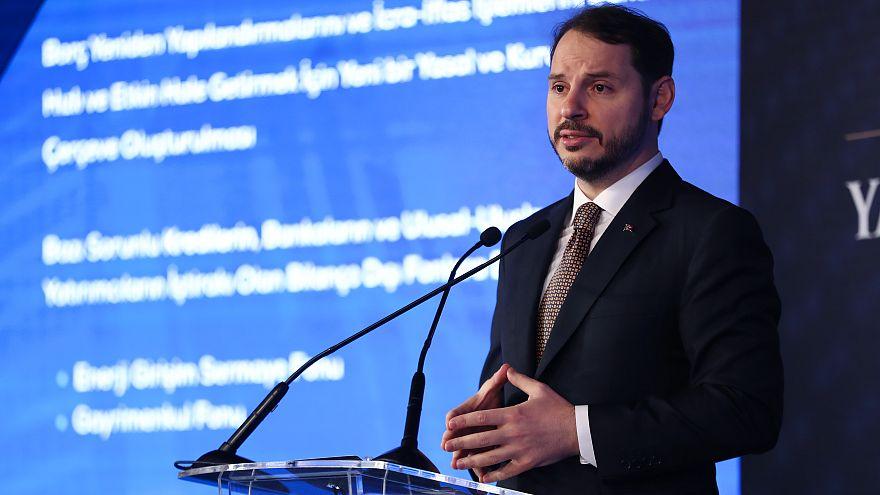 Reuters: Bakan Albayrak, yabancı yatırımcıları yeni ekonomik program konusunda ikna edemedi