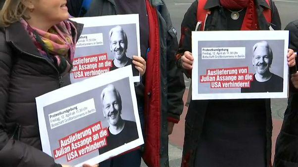 Julian Assange compte contester et combattre la demande d'extradition des Etats-Unis
