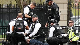 Man sets himself on fire outside White House, US Secret Service says