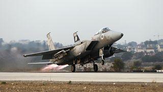 مقاتلات إسرائيلية تستهدف موقعا عسكريا قرب حماة في سوريا وإصابة ثلاثة عسكريين