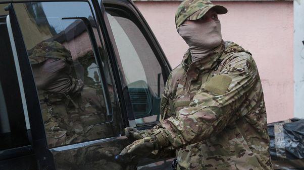 أحد عناصر الأمن الفدرالي الروسي (FSB)