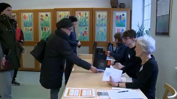 Финны голосуют