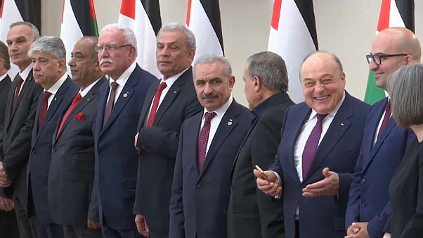 Palestinian Authority swears in new prime minister