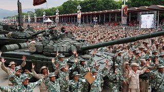Maduro Venezuela'daki milis güçlere bir milyon kişi ilave edeceğini açıkladı