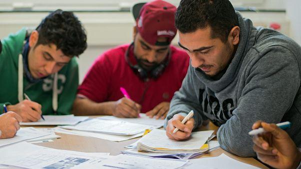 Tovább csökken a beadott menedékkérelmek száma Ausztriában