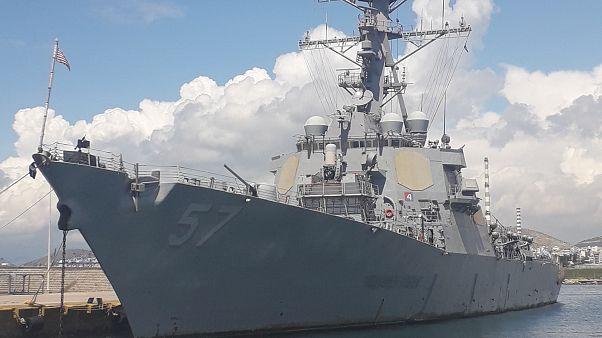Το USS Mitscher στον Πειραιά: Ποια είναι η αποστολή του (φωτό)