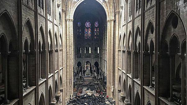 """Notre-Dame, i pompieri: """"la scelta di salvare le torri"""""""
