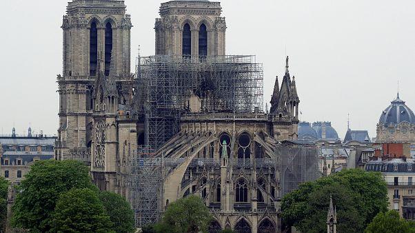 EN IMÁGENES: Así ha amanecido la Catedral de Notre Dame tras el devastador incendio