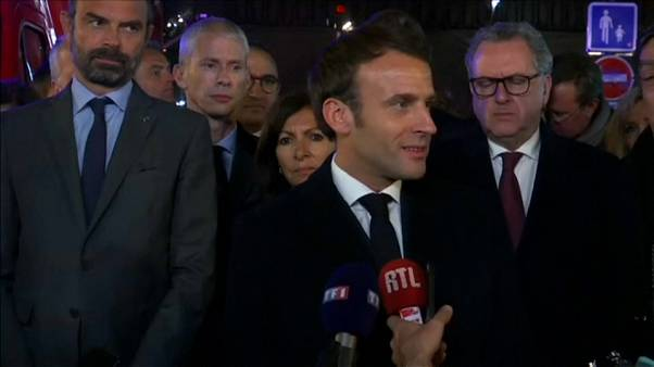 """Emmanuel Macron : """"Cette cathédrale Notre-Dame, nous la rebâtirons"""""""