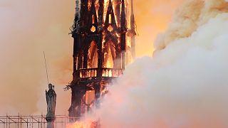 Dünya basınının manşetinde Notre Dame yangını